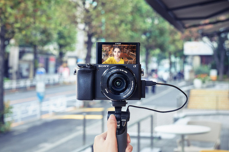 Best Vlog Camera 2019 Best Mirrorless Cameras for Vlogging 2019